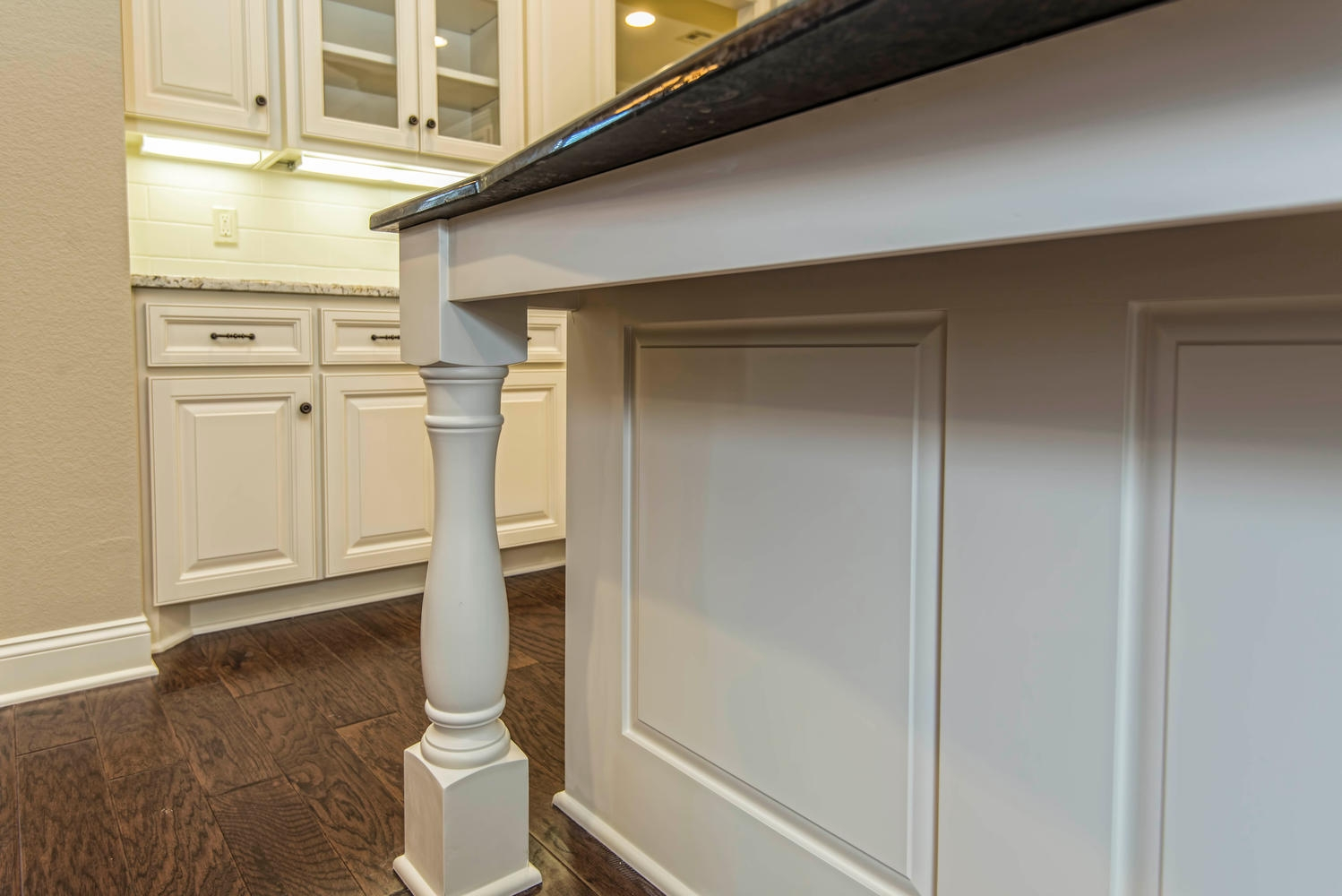 4809 Lochinvar 342000 Waco TX-large-018-18-Custom Cabinetry and Woodwork-1498x1000-72dpi